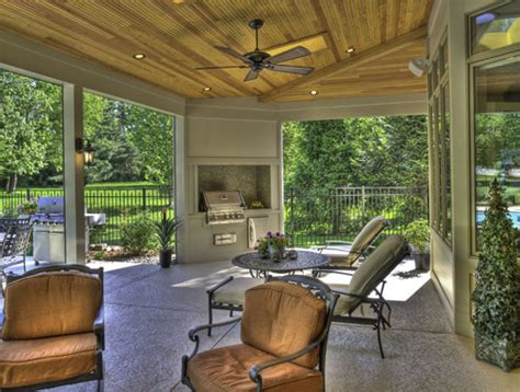 screen rooms  features traditional porch st louis