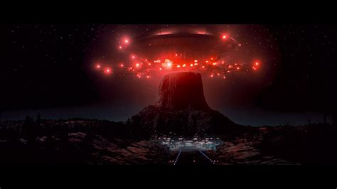 CLOSE ENCOUNTERS OF THE THIRD KIND (1977) • Frame Rated