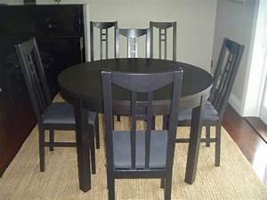 Chaise Noire Ikea : table ronde noire et 6 chaises frogs in nz ~ Teatrodelosmanantiales.com Idées de Décoration