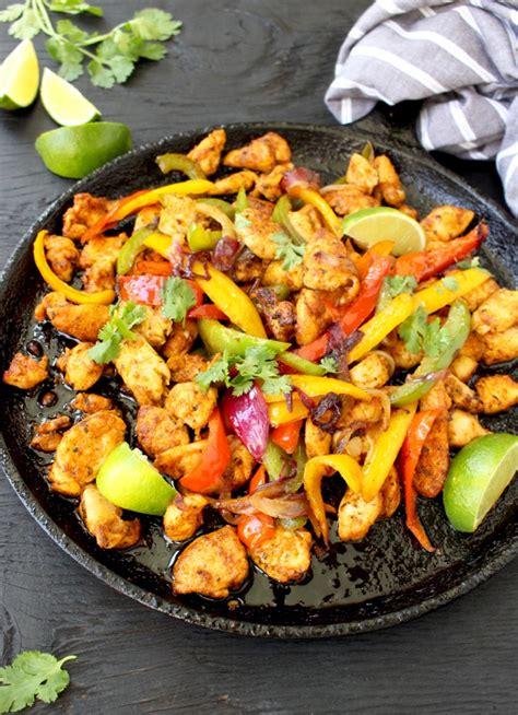 easy chicken fajitas recipe with mango habanero salsa ciaoflorentina