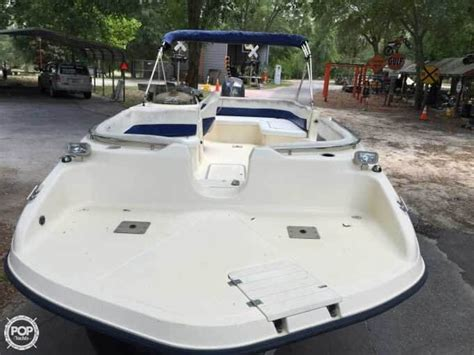 Key West Deck Boats by 2004 Used Key West 210ls Oasis Deck Boat For Sale