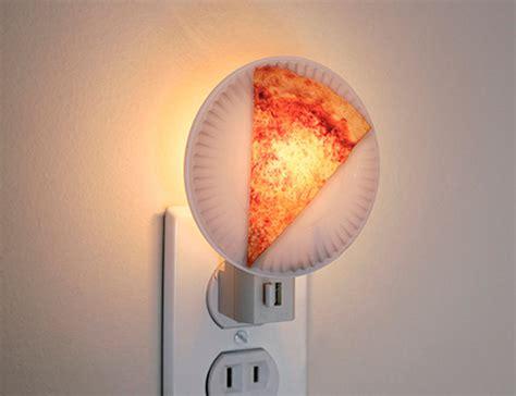 realistic pizza lamps night light design