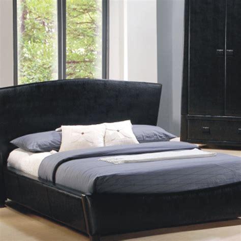 Decorating Guest's Bedroom Using Black Bedroom Furniture