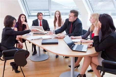 Pengertian Rapat: Fungsi, Tujuan, Syarat, Jenis dan Tipe