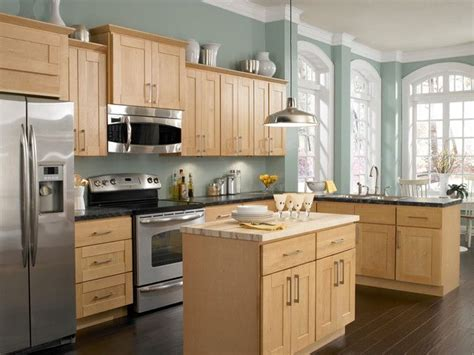 what color paint goes with light oak kitchen cabinets what paint color goes with light oak cabinets kitchen paint colors with light cabinets