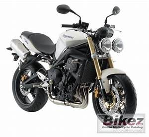 Street Triple 675 : 2008 triumph street triple 675 specifications and pictures ~ Medecine-chirurgie-esthetiques.com Avis de Voitures