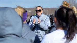 WPLL opener -- Amanda Belichick takes Command on her ...