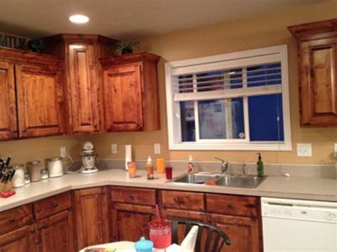paint colors that go with wood trim and cabinets my