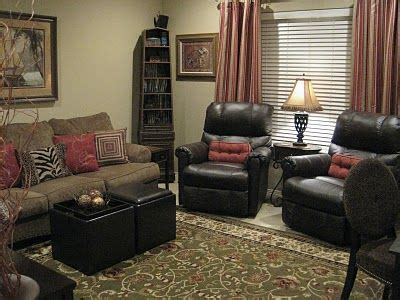 Living Room With Recliners by Living Room Recliner Living Spaces