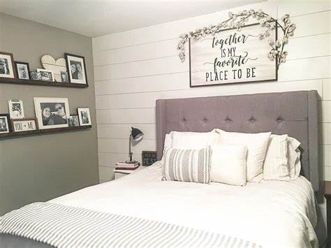 A large, windowless wall is the perfect canvas for creative decor. 25+ Best Bedroom Wall Decor Ideas and Designs for 2020
