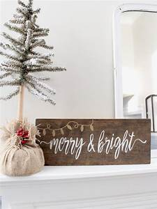 Blue And White Holiday Lights 38 Reclaimed Wood Christmas Décor Ideas Digsdigs