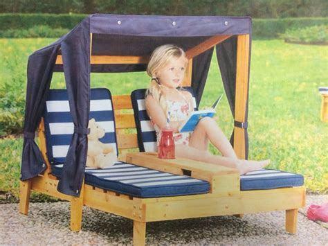 Sun Lounger Made From Pallets Love The Canopy Too