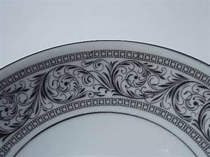 Black and white Valencia pattern Harmony House fine china ...