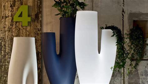 vasi in polietilene grandi vasi da giardino in polietilene idfdesign