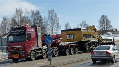 heavy haulage volvo fh  xxl    cat   excavator youtube