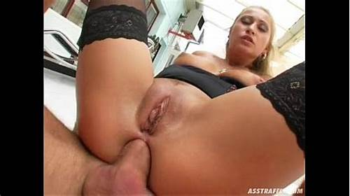 European Girl Isida Drill And Takes The  Swallow In Her Mouth