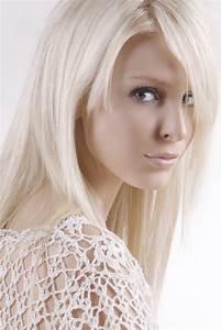 Pale Blonde Evoke The Sun