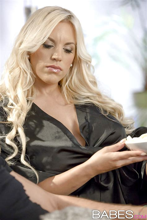 Step Mom Lessons Blondie Fesser Nekane Fullhd European