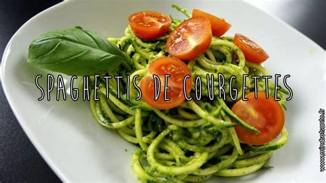 comment cuisiner courgette spaghetti spaghettis de courgettes crues mindset santé