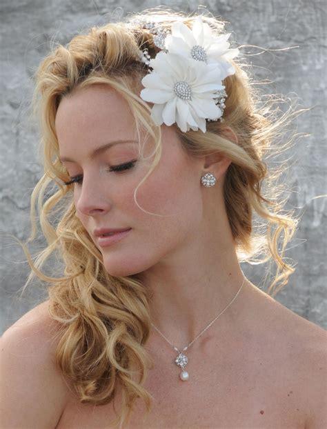 side ponytail wedding hairstyle  flowered headband