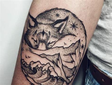 les  meilleures idees de la categorie tatouage montagne