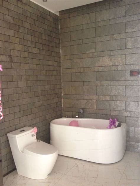 Bathroom Wall Tile Sheets by Slate Tiles Veneer Sheet To Cover Bathroom Walls With A
