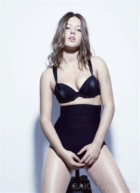 Ad Le Exarchopoulos Sexy Dans Les Inrocks Photos Pic Day