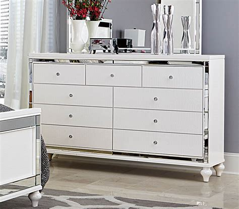 white bedroom dresser homelegance alonza bedroom set white 1845 bedroom set