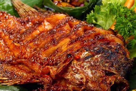 Resep ikan kembung bakar bumbu padang enak dan gurih, bikinnya sangat mudah. Resep ikan bakar bumbu kecap yang lezat dan mudah | Resep masakan ikan