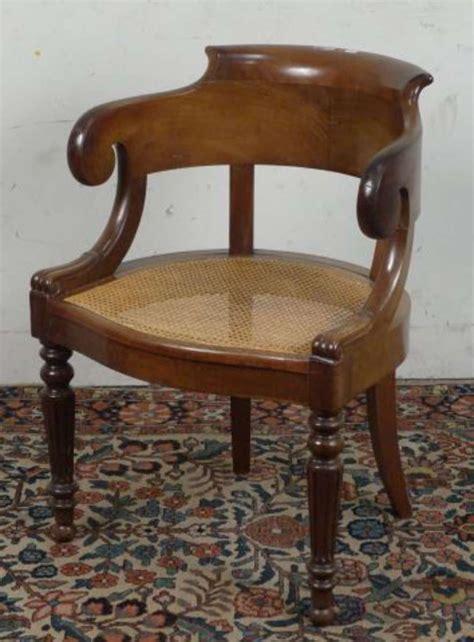 fauteuil de bureau ancien fauteuil de bureau gondole en acajou le dossier repose