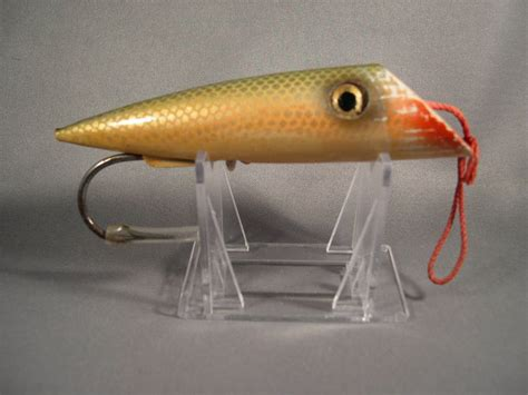 25 best ideas about salmon lures on fly fishing lures salmon flies and vintage