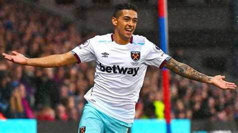 manuel lanzini  fill missing dimitri payets boots