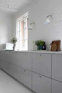 Ikea Küche Veddinge : ikea metod veddinge grey cabinet doors with brass door knobs wish this is available in north ~ Eleganceandgraceweddings.com Haus und Dekorationen