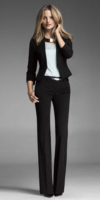 22 Fashionable Ways to Dress for a Job Interview | Styles Weekly