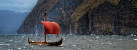 World´s Largest Viking Ship To Host Public Deck Tours At
