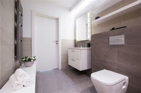 Badezimmer Fliesen Verstecken by Richtig L 252 Ften Im Bad Ohne Fenster Tipps Tricks