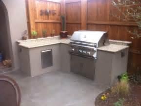 stucco outdoor kitchen