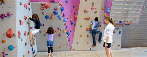 equipement escalade en salle salle d escalade cime altitude 245