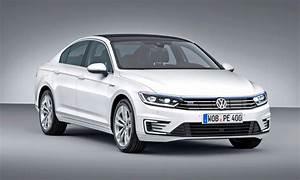 Volkswagen Passat Gte : paris debuts 2016 volkswagen passat gte plug in hybrid to arrive in europe october 2015 ~ Medecine-chirurgie-esthetiques.com Avis de Voitures