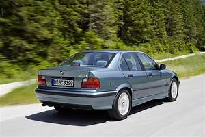 Bmw 323i E36 : bmw 3 series sedan e36 1991 1992 1993 1994 1995 1996 1997 1998 autoevolution ~ Mglfilm.com Idées de Décoration