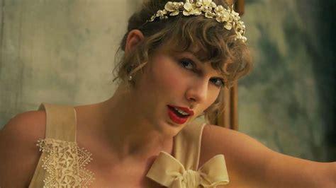 Taylor Swift Drops Hints About Joe Alwyn Relationship In ...