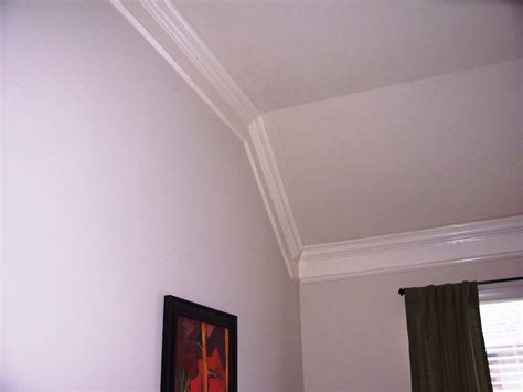 Vaulted Ceiling Crown Molding Ideas Boatyliciousorg
