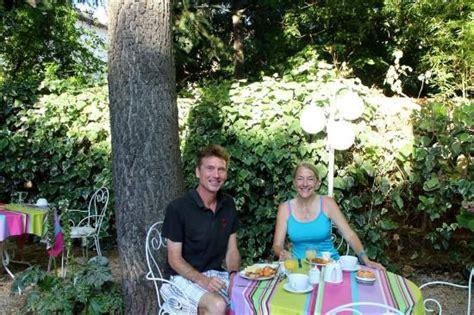 le chalet fleuri st remy de provence photo1 jpg foto hotel le chalet fleuri remy de provence tripadvisor