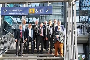 Ice Bahnhof Montabaur : delegation aus sterreich interessiert sich f r entwicklung am ice bahnhof ww ~ Indierocktalk.com Haus und Dekorationen