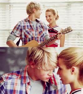 Sam and Quinn Glee