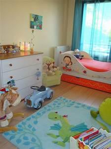 chambre petite quelle couleur galerie avec lino chambre With chambre bébé design avec bouquet pas cher