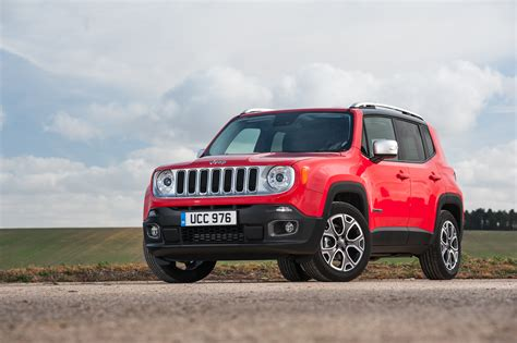 small jeep jeep renegade jeep s first small suv press fiat group