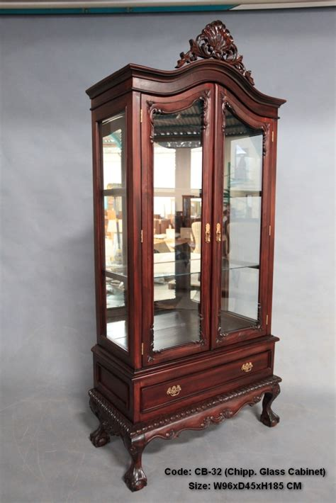 antique chippendale style mahogany wood 2 door glass
