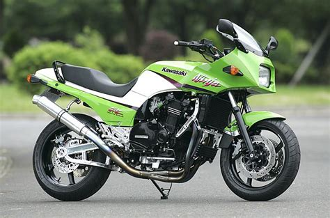 Best 25+ Kawasaki Gpz900r Ideas On Pinterest