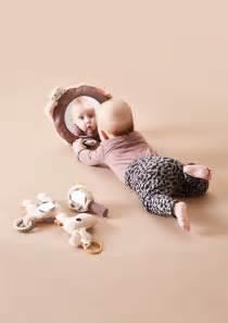 Activity Spielzeug Baby : activity spielzeug raffi done by deer kleine fabriek ~ A.2002-acura-tl-radio.info Haus und Dekorationen
